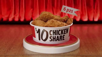 KFC $10 Chicken Share TV Spot, 'Para todos' [Spanish] - Thumbnail 5