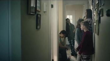S.C. Johnson & Son TV Spot, 'One Bathroom' - Thumbnail 8