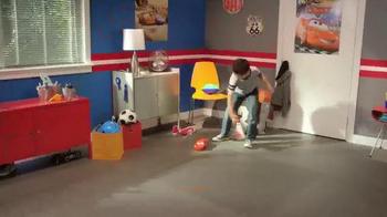 Disney Pixar Cars Flag Finish Lightning McQueen TV Spot, 'Wave On' - Thumbnail 4