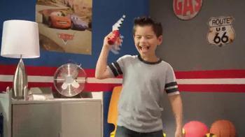 Disney Pixar Cars Flag Finish Lightning McQueen TV Spot, 'Wave On' - Thumbnail 5