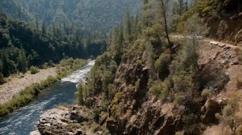 2017 Volkswagen Golf Alltrack TV Spot, 'Salmon' - 3866 commercial airings