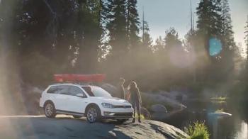 2017 Volkswagen Golf Alltrack TV Spot, 'Salmon' - Thumbnail 3
