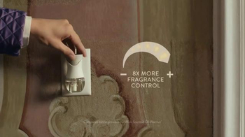 Air Wick Scented Oil Warmer TV Spot, 'Rooms' - Thumbnail 3