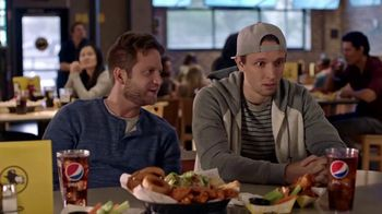 Buffalo Wild Wings TV Spot, 'Haunted' Featuring Antonio Brown - Thumbnail 4