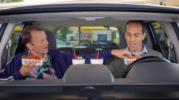 Sonic Drive-In BOGO Wings TV Spot, 'The Taste of Free' - Thumbnail 5