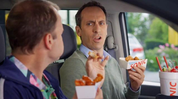 Sonic Drive-In BOGO Wings TV Spot, 'The Taste of Free' - Thumbnail 7