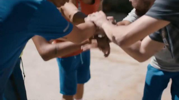 Red Bull TV Spot, 'Action' Featuring Anthony Davis, Song by Gallant - Thumbnail 8