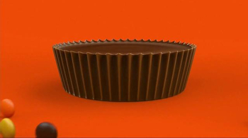 Reese's Pieces Peanut Butter Cups TV Spot, 'Trap' Song by TNGHT - Thumbnail 1