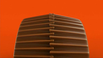 Reese's Pieces Peanut Butter Cups TV Spot, 'Trap' Song by TNGHT - Thumbnail 3