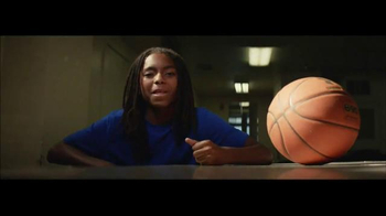 Under Armour Curry 3 TV Spot, 'Make That Old' Featuring Stephen Curry - Thumbnail 4