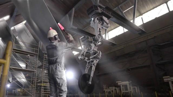 Calphalon Self-Sharpening Cutlery TV Spot, 'Factory' - Thumbnail 5