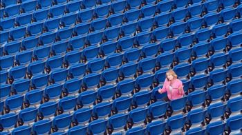 AutoNation Cure Bowl TV Spot, 'Tackle Breast Cancer' - 111 commercial airings