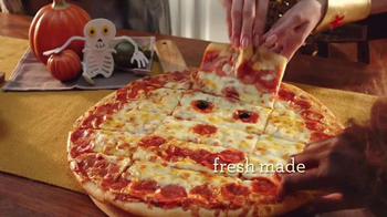 Papa Murphy's Jack-O-Lantern Pizza TV Spot, 'Little Monsters' - Thumbnail 3