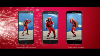 Motorola Moto Z Droid TV Spot, 'Hellomoto: Different Is Better' - Thumbnail 3
