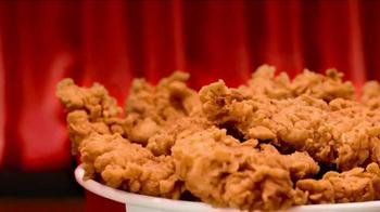 KFC $10 Chicken Share TV Spot, 'Breakthrough Bucket Technology' - Thumbnail 5