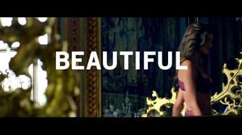 Victoria's Secret Beautiful TV Spot, 'A Little Lift' - Thumbnail 6