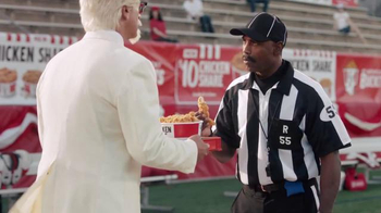 KFC $10 Chicken Share TV Spot, 'Bad Call' Featuring Rob Riggle - Thumbnail 9