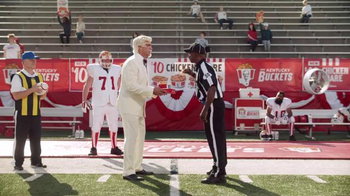 KFC $10 Chicken Share TV Spot, 'Bad Call' Featuring Rob Riggle - Thumbnail 8