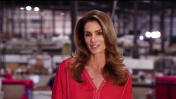 Rooms to Go Cindy Crawford Home TV Spot, 'American-Made' Ft. Cindy Crawford - Thumbnail 10