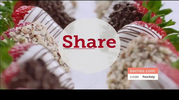 Shari's Berries TV Spot, 'Season of Sharing' - Thumbnail 8