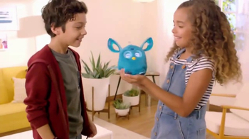Furby Connect TV Spot, 'One Call Away' - Thumbnail 8