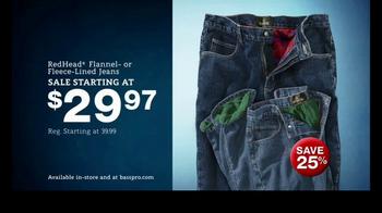Bass Pro Shops Countdown to Christmas Sale TV Spot, 'Jeans & Fryer' - Thumbnail 3
