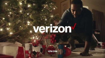 Verizon TV Spot, 'Holiday Wrapping' - Thumbnail 9