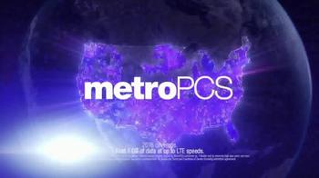 MetroPCS TV Spot, 'Would You Dare Say No to Ronda Rousey?' - Thumbnail 8