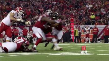 Microsoft Surface TV Spot, 'NFL Sidelines: Chiefs vs. Falcons' - Thumbnail 5
