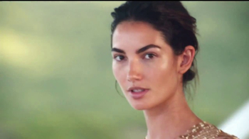 Michael Kors Wonderlust TV Spot, 'Deseo' con Lily Aldridge [Spanish] - Thumbnail 2