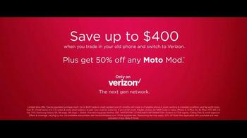 Motorola Moto Z Droid TV Spot, 'Hellomoto: Trade In' - Thumbnail 10