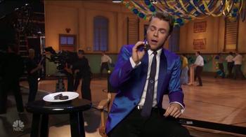 Oreo TV Spot, 'NBC: Hairspray Live!' Featuring Derek Hough - Thumbnail 8