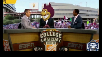 College Football Hall of Fame TV Spot, 'Fan Experience' Feat.Snoop Dogg - Thumbnail 8