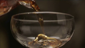 Crown Royal TV Spot, 'Serve Generously' - Thumbnail 7