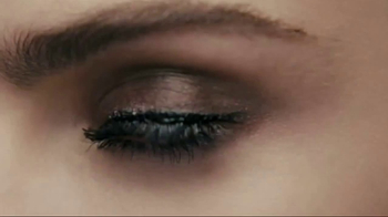 Rimmel London Scandaleyes Mascara TV Spot, 'Bold' Featuring Delevingne - Thumbnail 4