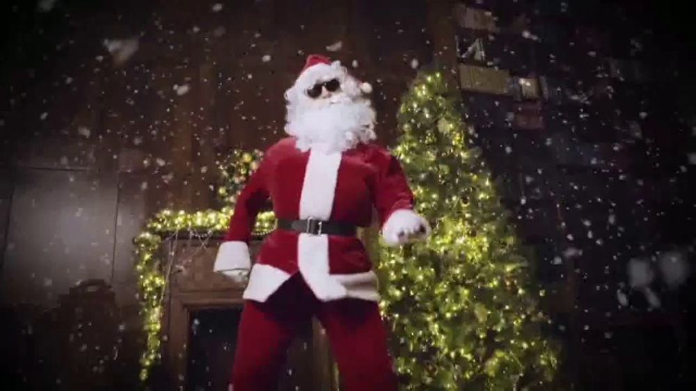 toys r us tv commercial tbs awesome moment ispottv - What Time Does Toys R Us Close On Christmas Eve