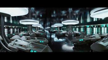 Passengers - Alternate Trailer 13