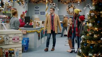 Old Navy TV Spot, 'Ex-Boyfriend' Featuring Amy Schumer - Thumbnail 2
