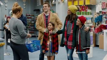 Old Navy TV Spot, 'Ex-Boyfriend' Featuring Amy Schumer - Thumbnail 5