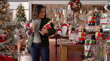 Pier 1 Imports TV Spot, 'Gifting With A Smile' - Thumbnail 5