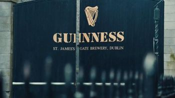 Guinness TV Spot, 'St. Patrick's Day: Respect the Beer' - Thumbnail 2