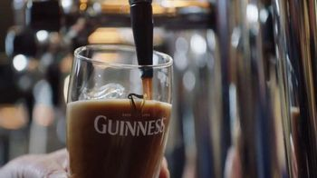 Guinness TV Spot, 'St. Patrick's Day: Respect the Beer' - Thumbnail 5