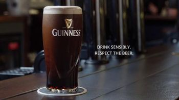 Guinness TV Spot, 'St. Patrick's Day: Respect the Beer' - Thumbnail 9