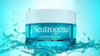 Neutrogena Hydro Boost TV Spot, 'Hidrante' con Sandra Echeverría [Spanish] - Thumbnail 3