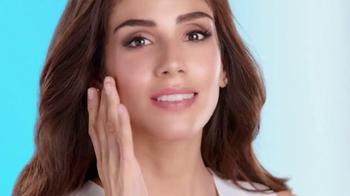 Neutrogena Hydro Boost TV Spot, 'Hidrante' con Sandra Echeverría [Spanish] - Thumbnail 4