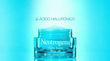 Neutrogena Hydro Boost TV Spot, 'Hidrante' con Sandra Echeverría [Spanish] - Thumbnail 5