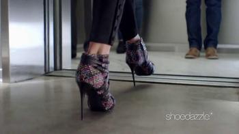 Shoedazzle.com TV Spot, 'La mirada' [Spanish] - Thumbnail 2