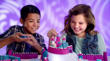Kinetic Sand Build TV Spot, 'A Whole New Way to Play'