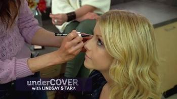 CMT Next Women of Country Tour 2016 TV Spot, 'Documenting Cover Moments' - Thumbnail 4