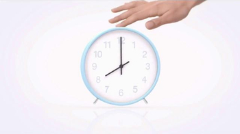Clinique Smart SPF 15 TV Spot, 'Four Things at Once' - Thumbnail 5
